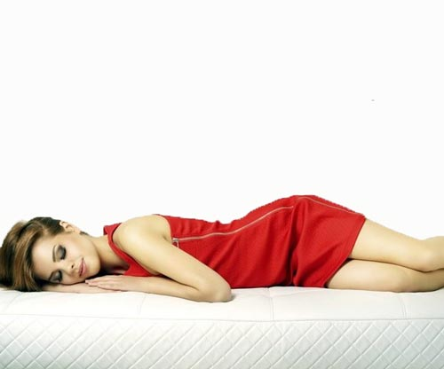 Tempurpedic Vs Sleep Number >> Is Sleeping Without a Pillow Good for The Health? - Sleep ...